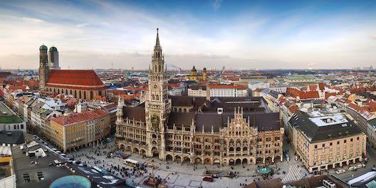 Videoschnitt München - Panorama view of München city